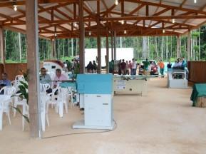Galpão de 250 m² construído em madeira (Foto: Adonias Silva/G1)